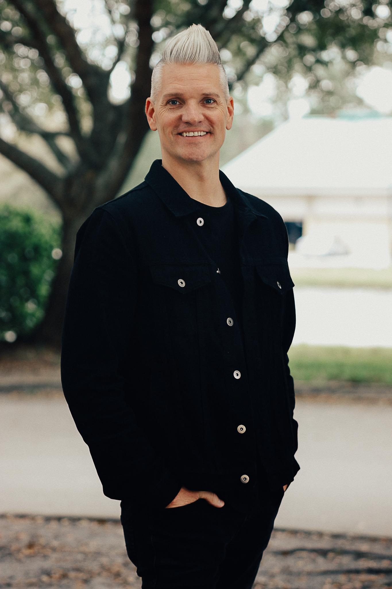 Pastor Bryan